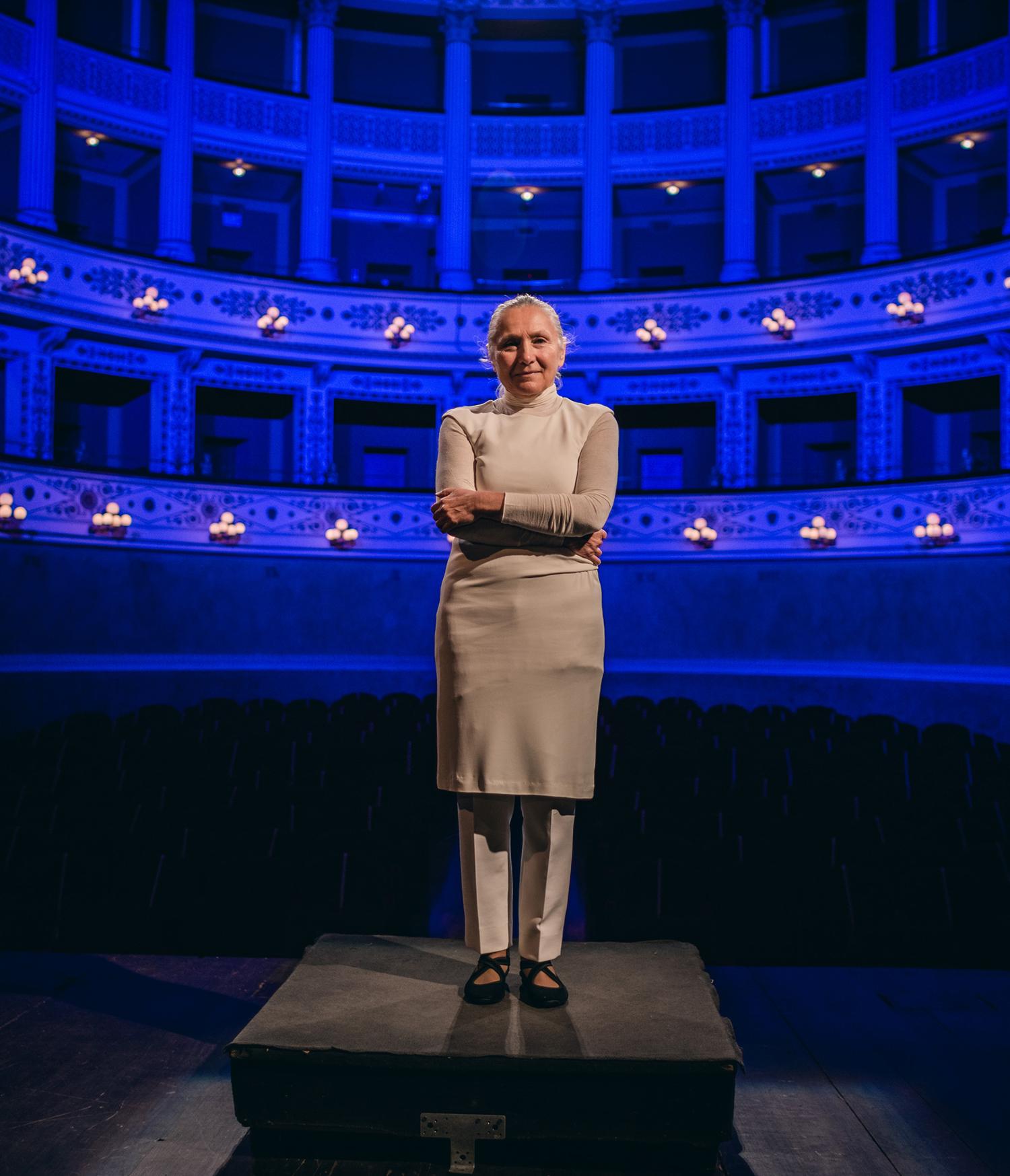 Mariangela_gualtieri-teatro_della_fortuna__fano__15__foto_di_tobe_studio